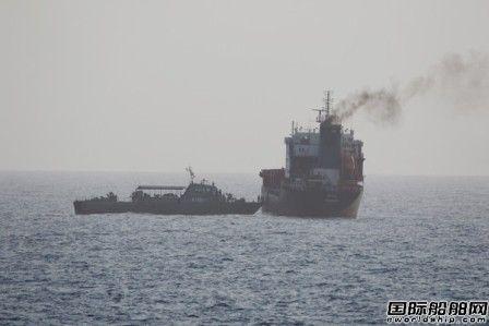 """美称扣押4艘伊朗油轮,伊朗称是""""谎言"""""""