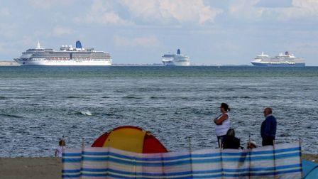 英国海岸闲置邮轮聚集意外成为景点
