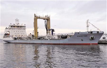 俄罗斯将在北极地区部署海上加油船队