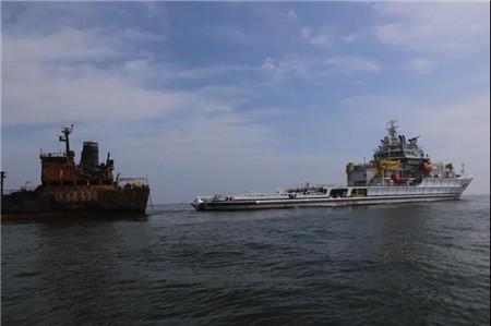 紧急救援持续中~长江口水域撞船事故最新进展