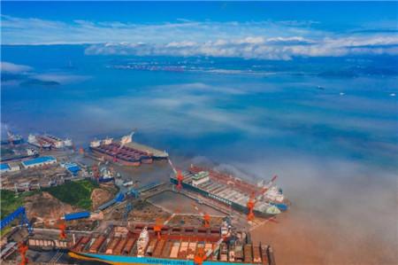 舟山中远海运重工科技创新和绿色修船工艺应用再显成效