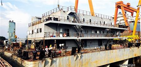 国安船业改装水上搅拌船将于月底交付
