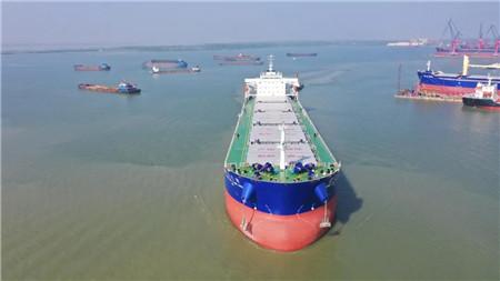 新大洋造船再交2艘散货船今年已交付船舶12艘