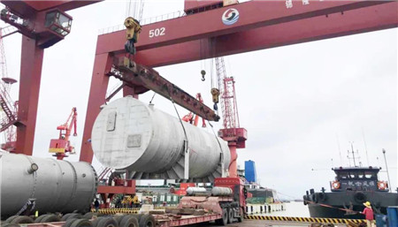 中集圣达因交付14台LNG船用燃料罐