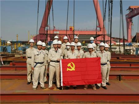 仅32天!外高桥造船U2000E自升式平台完成主甲板贯通