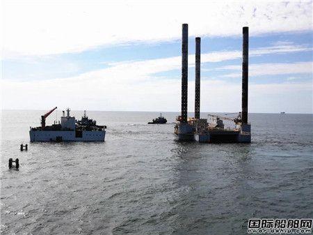 """""""振华7""""轮墨西哥湾成功浮装1平台1浮吊"""