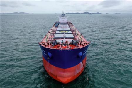 外高桥造船18万吨散货船H1495船试航凯旋