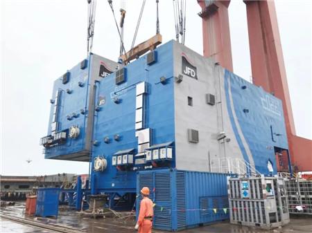 芜湖造船厂交付上海打捞局500MSW饱和潜水系统模块