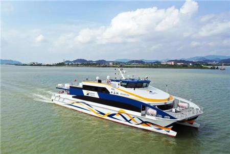 """澳龙珠海238客位铝合金高速客船""""新海驰""""成功试航"""
