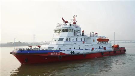 粤新海工两艘48米主力型消防船完成试航