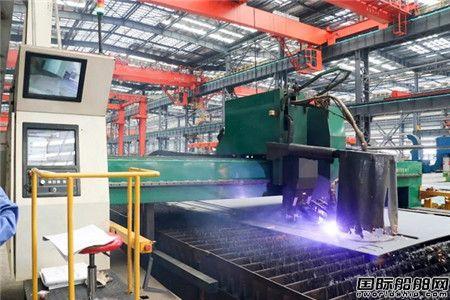 广船国际首台薄板切割机投产剑指豪华客滚船