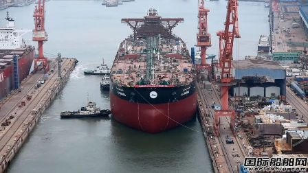 渤船重工32万吨9号船顺利实现下水节点