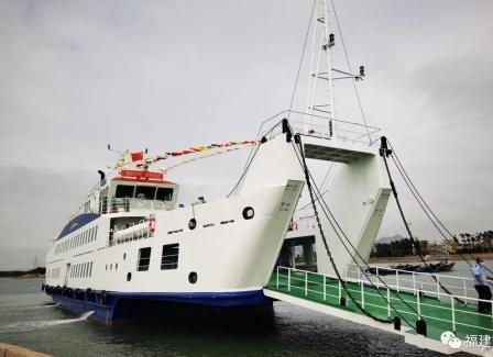 """舟山沥港船厂建造大型客渡船""""秀屿2号""""投入运营"""