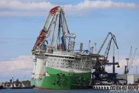 """全球最大风电安装船启动起重机""""断臂""""维修工程"""