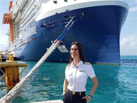 女人怎么能当船长?美国首位女邮轮船长怒怼