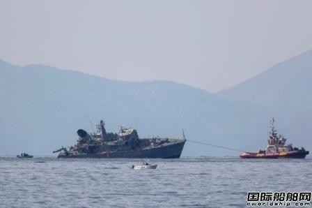船长已被捕!马士基一艘集装箱船撞断希腊军舰?