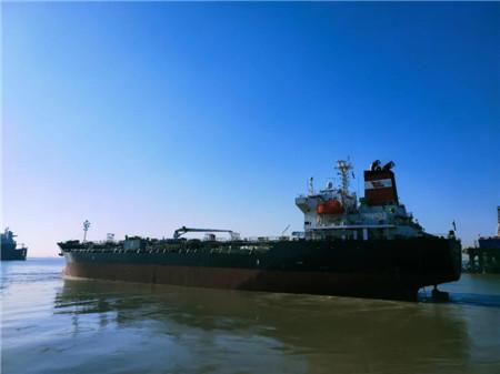 上海中远海运重工精诚服务赢得船东赞许