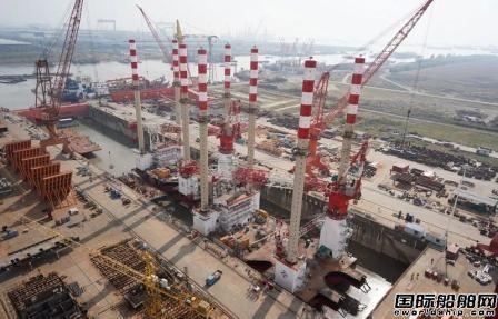 海新重工为中交三航局建造2艘海上风电安装船下水