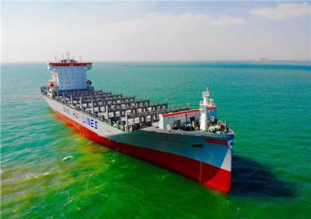 黄埔文冲2038TEU项目首制船完成试航