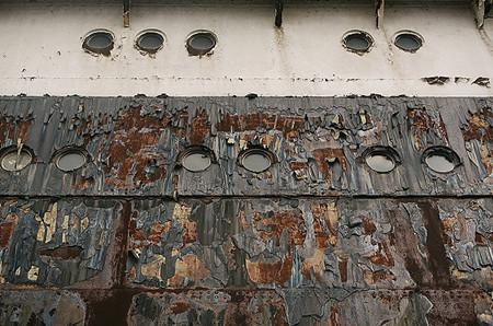 由于新冠疫情,多艘豪华邮轮被送进拆船厂
