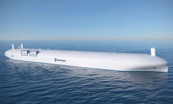 美军无人货船完成4700海里试航首次通过巴拿马运河