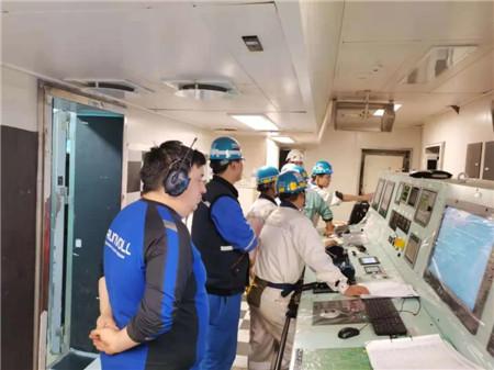 舟山中远海运重工15.2万吨穿梭油轮N687船实现主机动车
