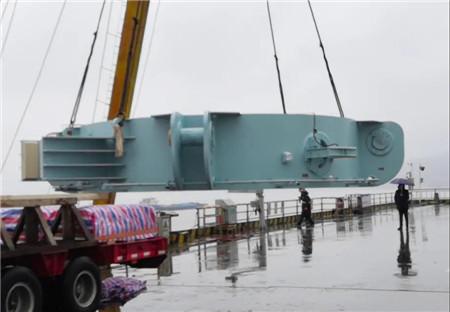 武汉船机4800T连续型液压插销升降系统最后一批产品发运