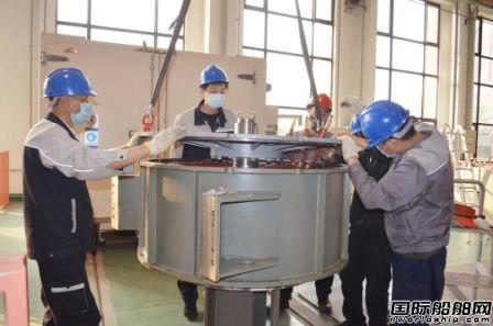 七一二所成功研制电动锚绞机高效永磁化驱动系统