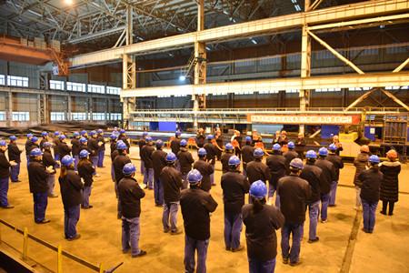 镇江船厂8000PS消拖两用全回转拖轮顺利开工