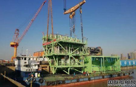 启东中远海运海工顺利交付M020再气化模块