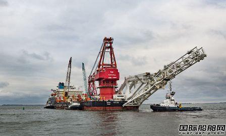 """俄罗斯铺管船开始在丹麦水域铺设""""北溪2号""""项目管道"""