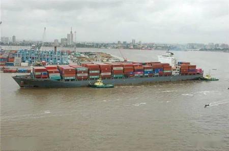 Songa Container出售旗下超巴拿马型集装箱船