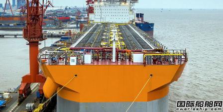 吉宝船厂为外高桥造船第二艘通用型FPSO搭建上部模块