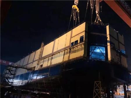 招商工业海门基地3800PCTC汽车运输船全船甲板贯通