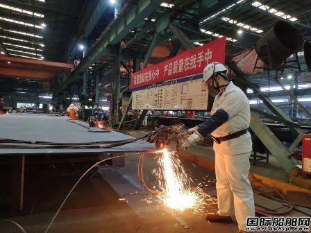 沪东中华春节假期10多型产品建造顺利推进