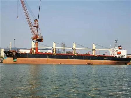 广东中远海运重工4艘海损船进厂维修