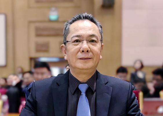 张锐:加快长江货运船舶LNG动力推广应用