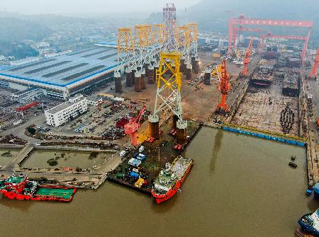 马尾造船交付国内首套长乐外海C区吸力式导管架