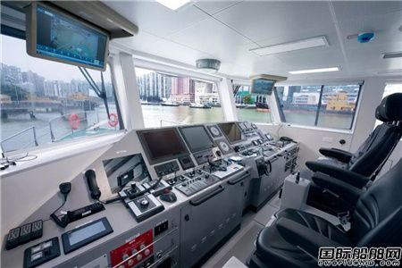 江龙船艇建造澳门海关35米巡逻船项目获客户赞许