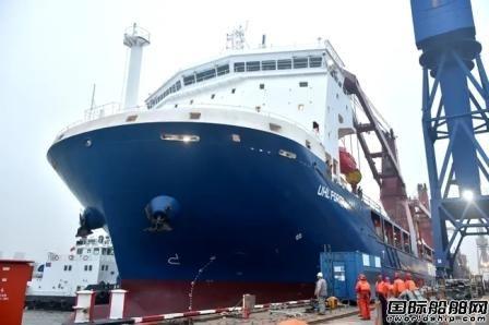 沪东中华优化型13000吨重吊船2号船完成试航报验