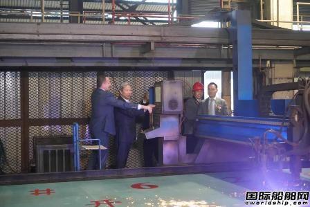 中船澄西开工建造3号6.2万吨重吊多用途船