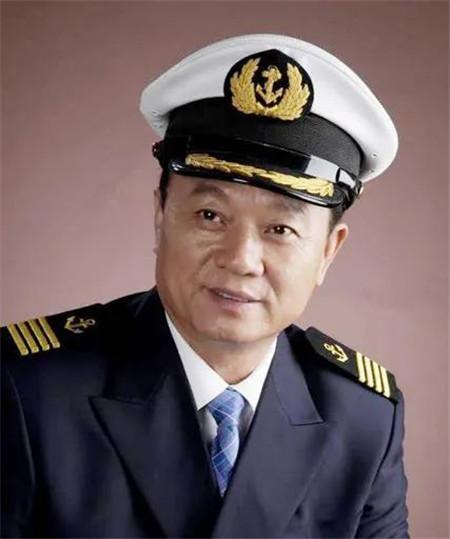 """徐祖远:""""长赐""""轮搁浅事故带来3点启示8个建议"""