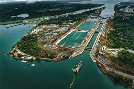 航运业集体发声 巴拿马运河推迟涨价