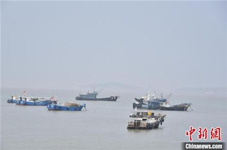 一湖南籍货船在台州海域沉没1人获救5人失联