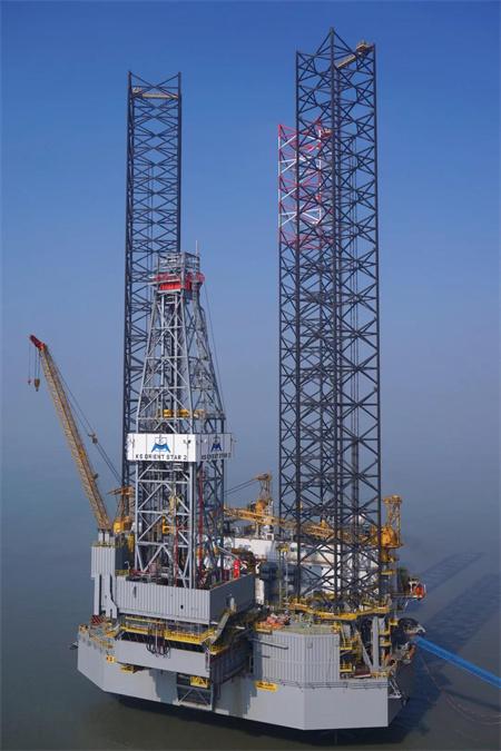 启东中远海运海工N408自升式钻井平台完成交付前调试工作