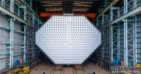 又一突破!江南造船全球首制VLEC B型舱完工