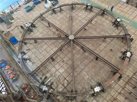 启东中远海运海工N966项目3200T绕桩吊机法兰制作完工