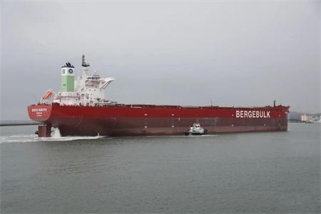 渤船重工建造21万吨散货船23号船试航凯旋