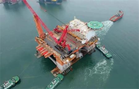 中集来福士完成第三座海上风电安装平台改造交付离港