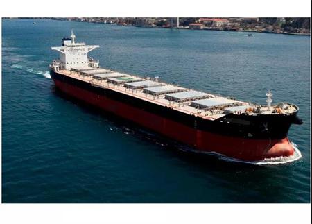 干散货船东Star bulk改造一艘散货船运集装箱